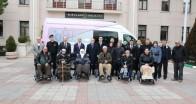 Akülü tekerlekli sandalyeler teslim edildi